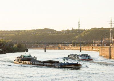 11. Péniches sur la Meuse | 2018